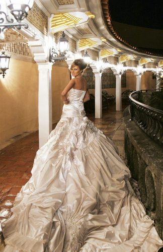 PALM BEACH, FL: Melania Trump in her wedding dress after marrying Donald Trump Sr. at The Mar-a-Lago Club in January 22, 2005 in Palm Beach, Florida. (Photo by Maring Photography/Getty Images/Contour by Getty Images)